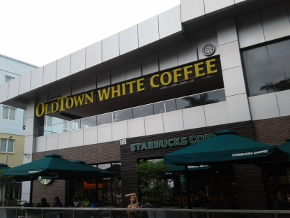 Hummm.......Old Town White Coffee or Starbucks. Decisions, decisions!