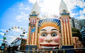 I love how you enter the park through the clown's mouth!